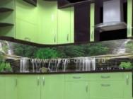 Преимущества использования скинали для кухни