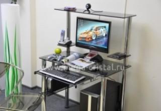 Чем компьютерный стол отличается от столика для ноутбука>