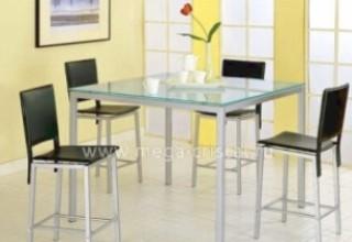 Стоит ли покупать стеклянный стол на кухню?>