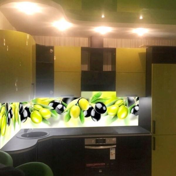Стеклянный фартук для кухни с фотопечатью оливки
