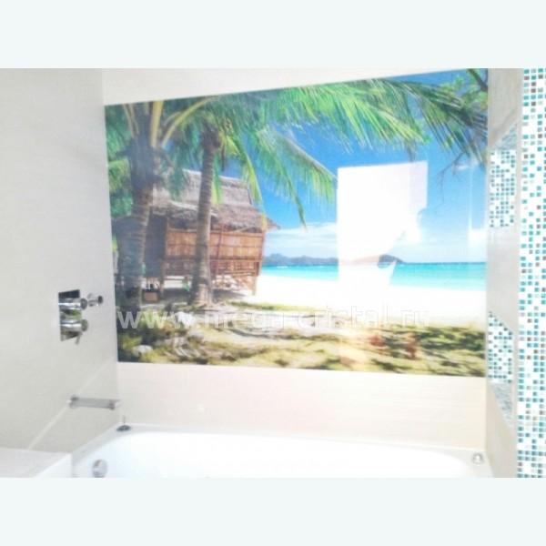 Стеклянная панель для ванной комнаты