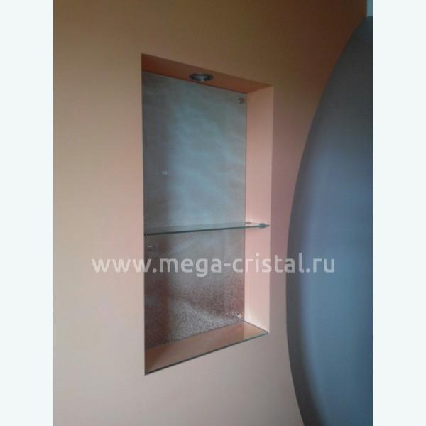 стеклянная панель в нише